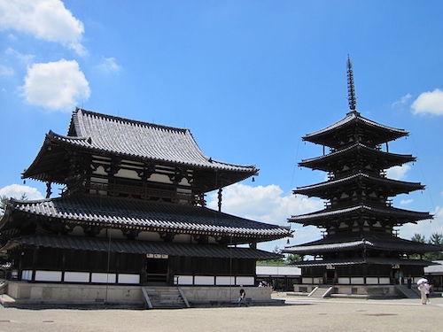 1024px-Horyu-ji_National_Treasure_World_heritage_国宝・世界遺産法隆寺85.JPG