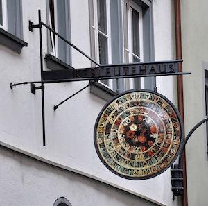 Ravensburg_Schulgasse15_Wirtshausschild.jpg