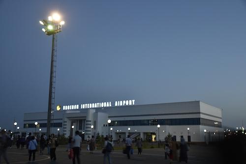 _DSC0437ウルゲンチ空港.JPG